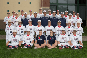 Image of Urbandale J-Hawks baseball team posing for a picture
