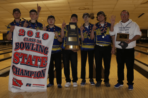 IHSAA Class 3A Champions posing for a photo