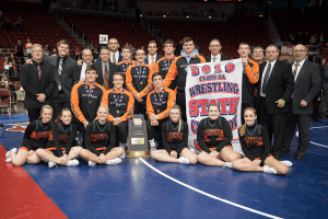 IHSAA Wrestling champions Class 2A posing for a photo
