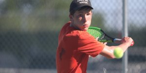 Tennis player looking focused during a tennis game