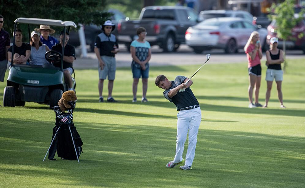 Golf: State Meet Qualifiers